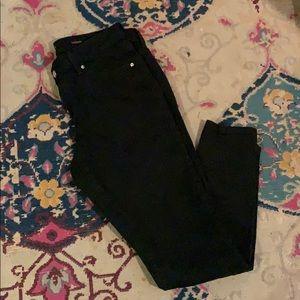Jennifer Lopez black stretch skinny jeans
